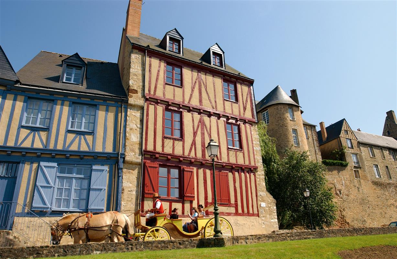 Le Vieux Mans - Rue Saint Hilaire (Source Internet, Gilles Moussé)