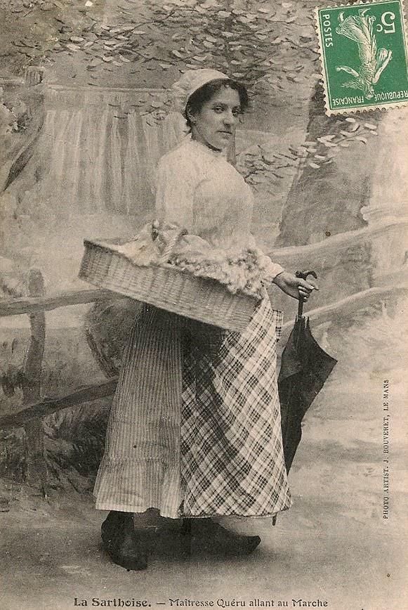 Au quotidien - Art de vivre et costumes - La Sarthoise - Maîtresse Quéru allant au marché