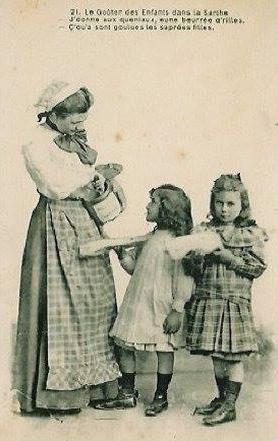 Au quotidien - Art de vivre et costumes - Le Goûter des Enfants dans la Sarthe