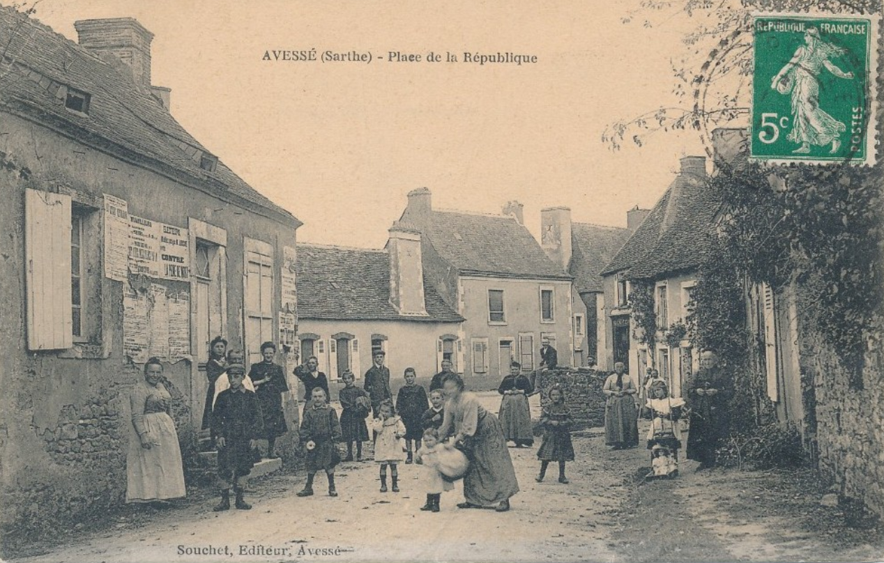 Avessé - Place de la République