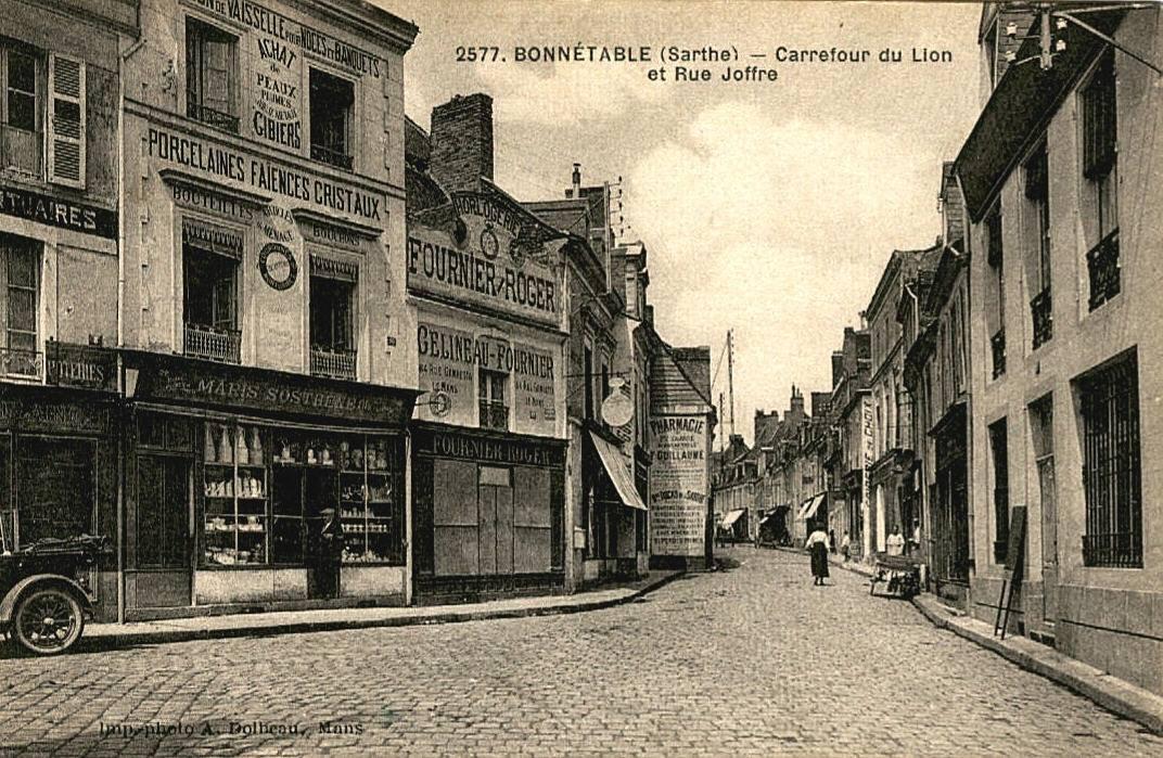 Bonnétable - Carrefour du Lion et Rue Jofffre