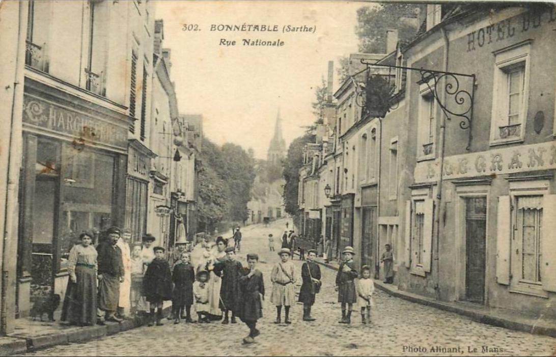 Bonnétable - Rue Nationale