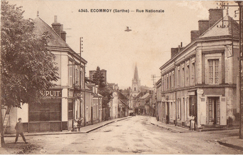 Ecommoy - Rue Nationale 01