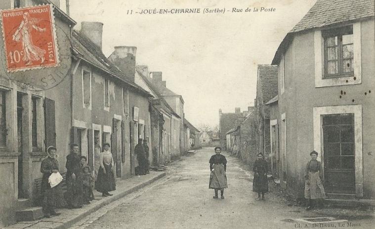 Joué en Charnie - Rue de la Poste