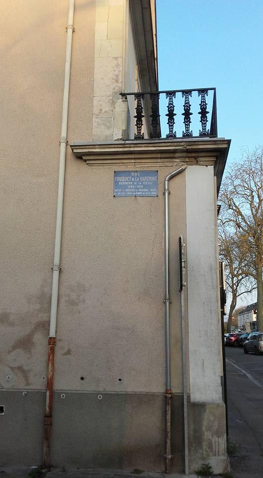 La Flèche - Rue Fouquet de la Varenne 01 (Michel Mimitontonparrain)