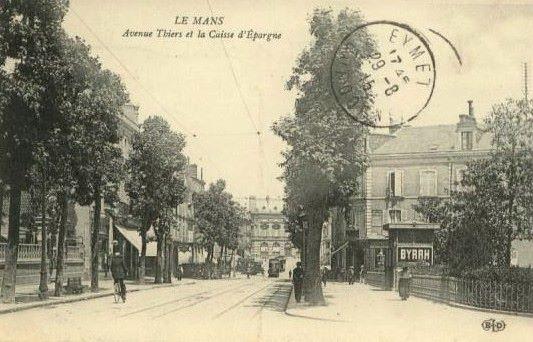 Le Mans - Avenue Thiers et la Caisse d'Epargne