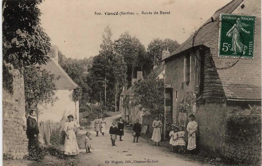 Vancé - Route de Bessé