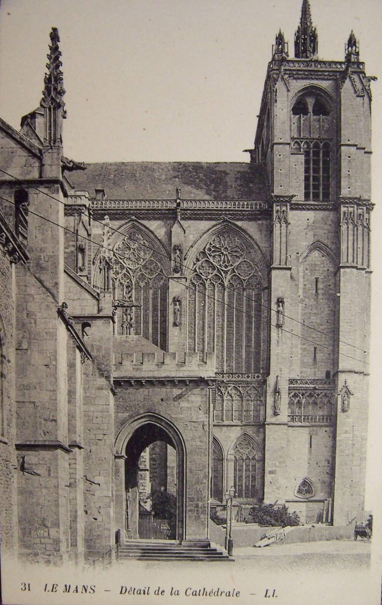 Le Mans - Cathédrale Saint Julien - Détail de la Cathédrale