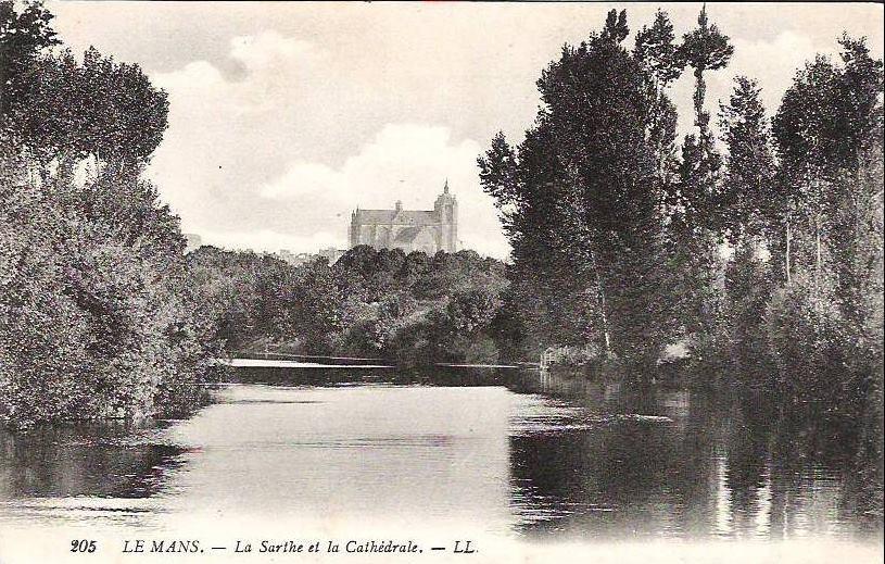 Le Mans - Cathédrale Saint Julien - La Sarthe et la Cathédrale