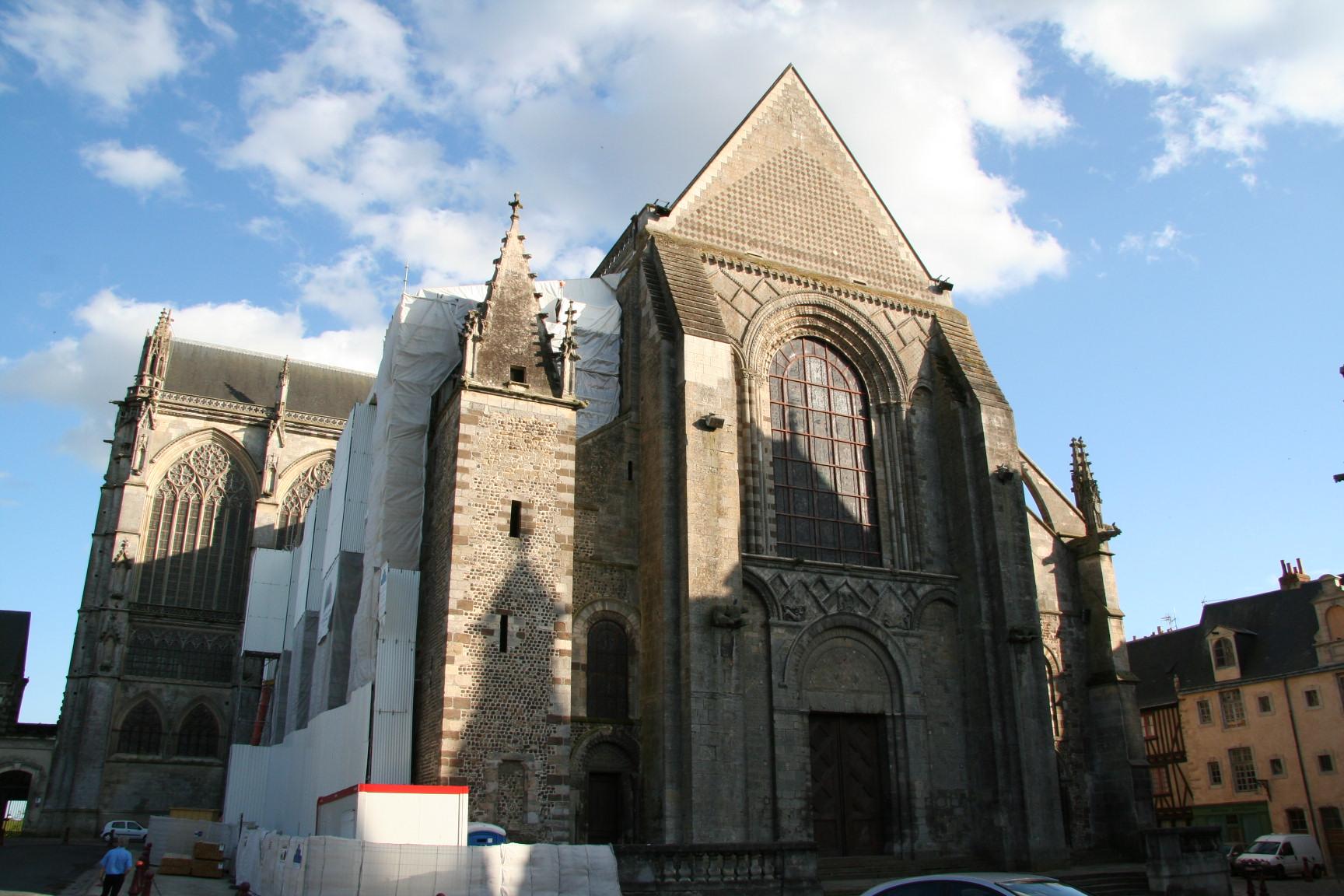 Le Mans en 2010 - Cathédrale Saint Julien 06
