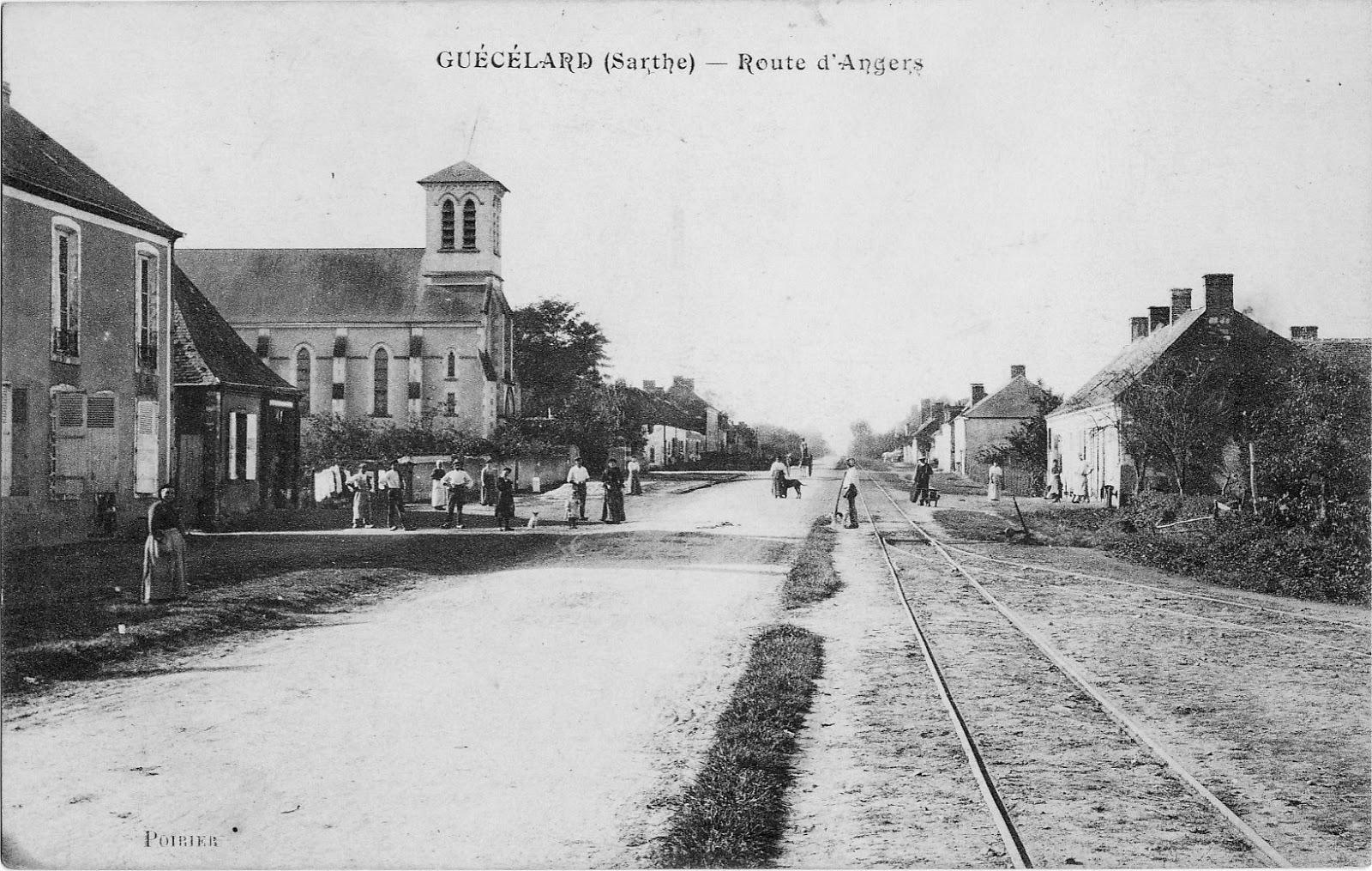 Guécélard - Route d'Angers