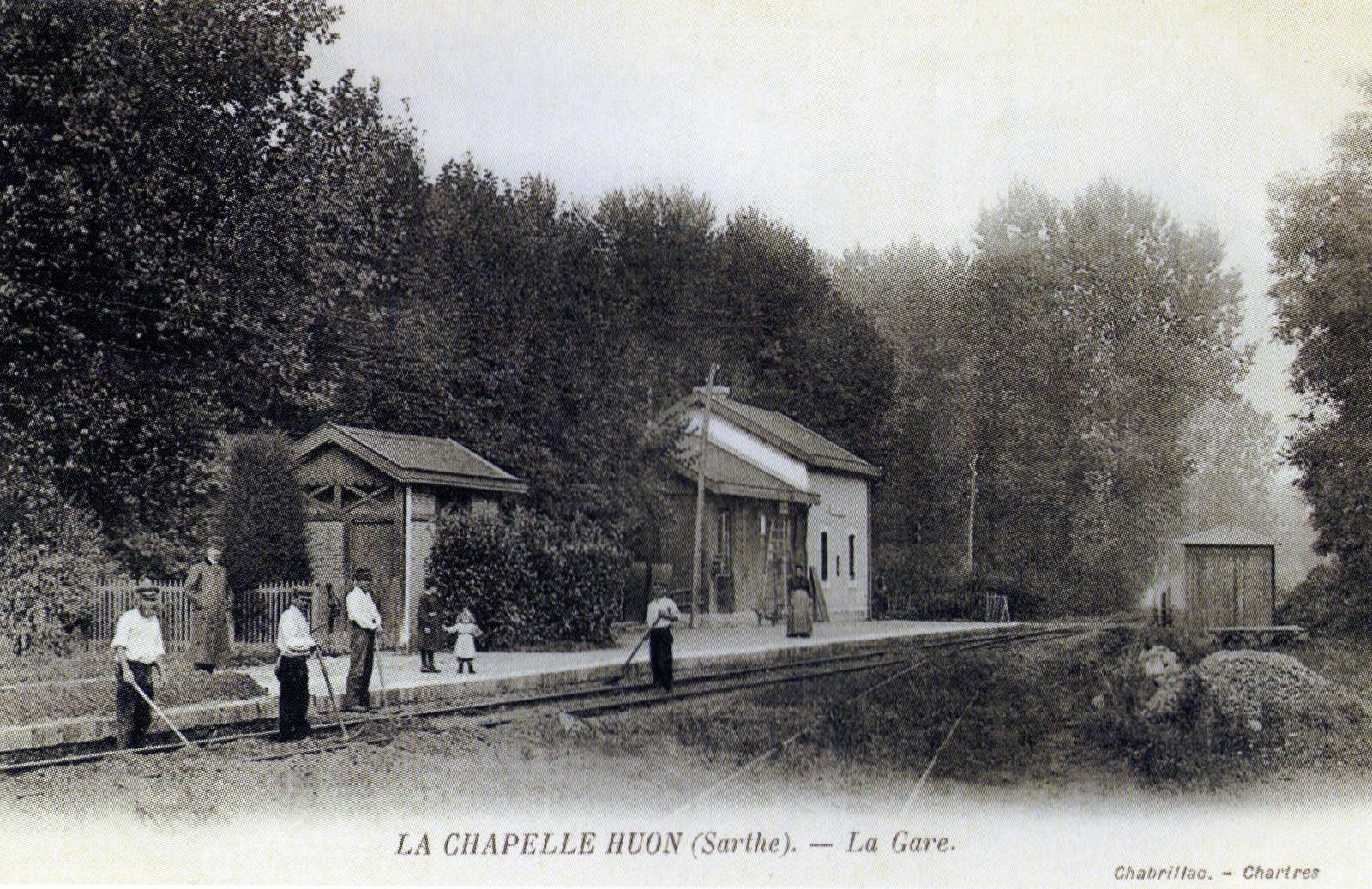 La Chapelle Huon - La Gare