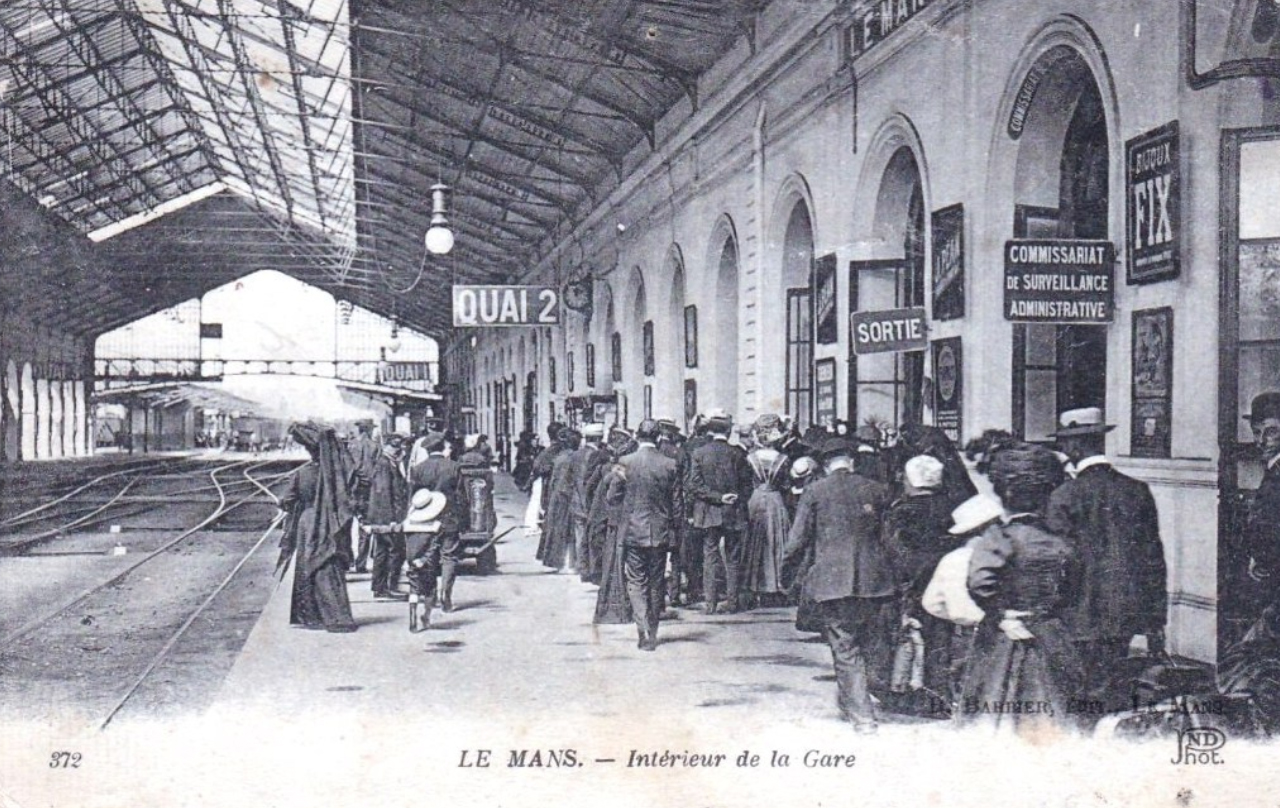 Le Mans - Intérieur de la Gare 01
