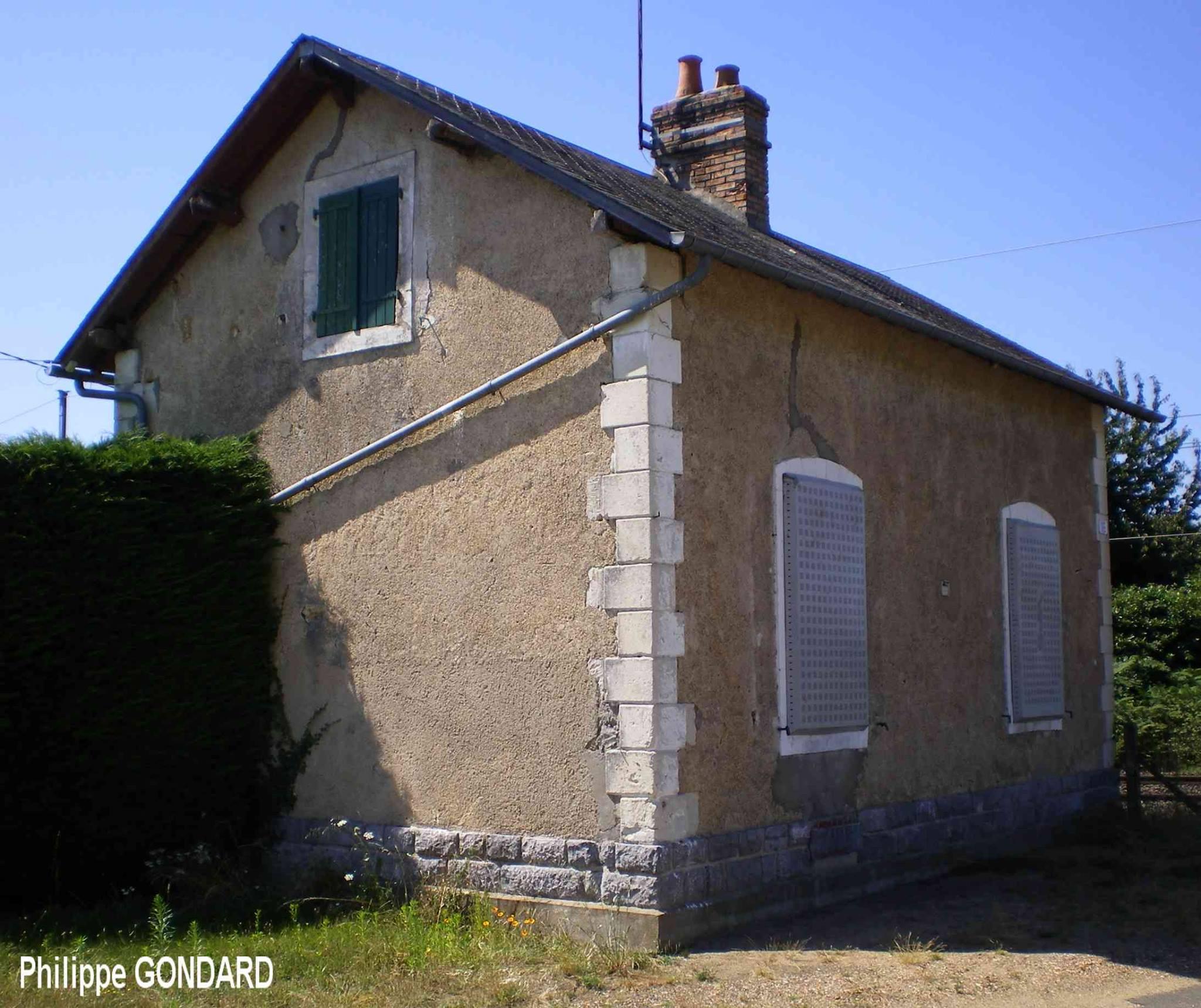 Saint Jean du Bois - Passage à niveau - 2012 (Philippe Gondard)