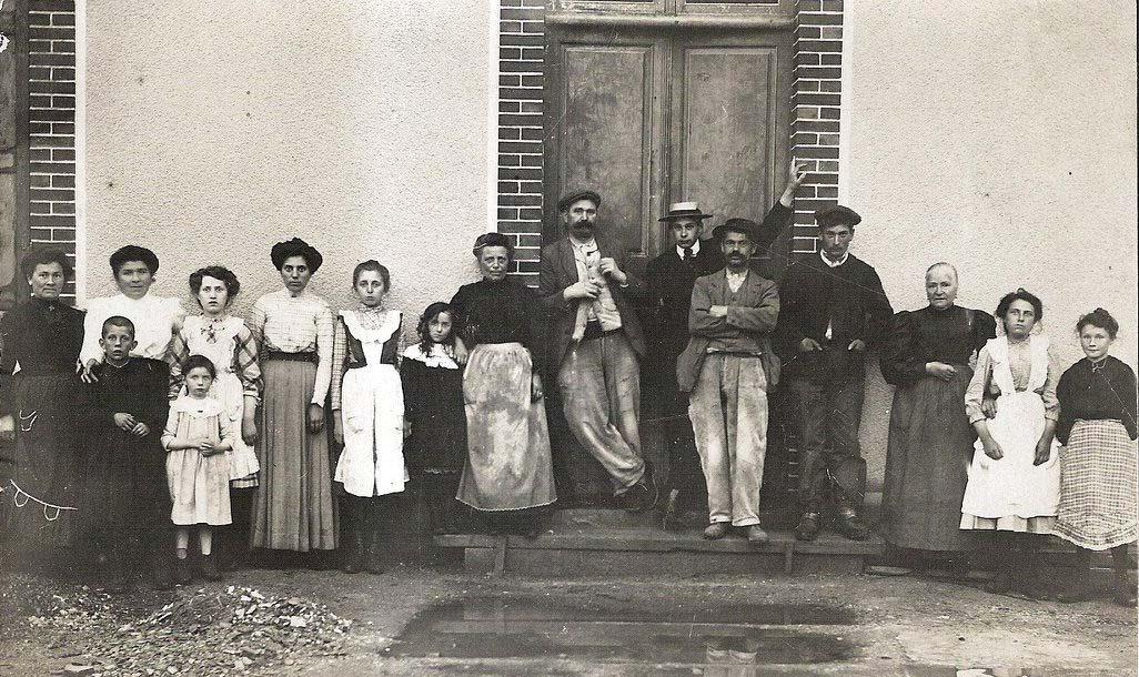 Beillé - Groupes - Réunions de famille - Famille AUBIER-PELTIER - Vers 1911 (Véronique Serve-Catelin)