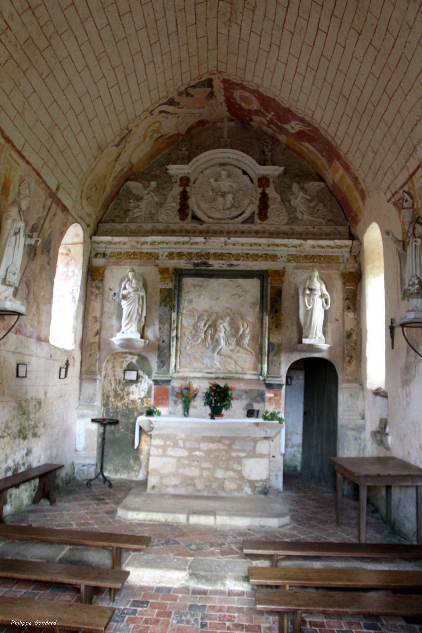 Conlie - Chapelle Saint Hilaire et Saint Eutrope de Verniette 12 - Retable de 1688 exécuté par Pierre Lorcet (Philippe Gondard)