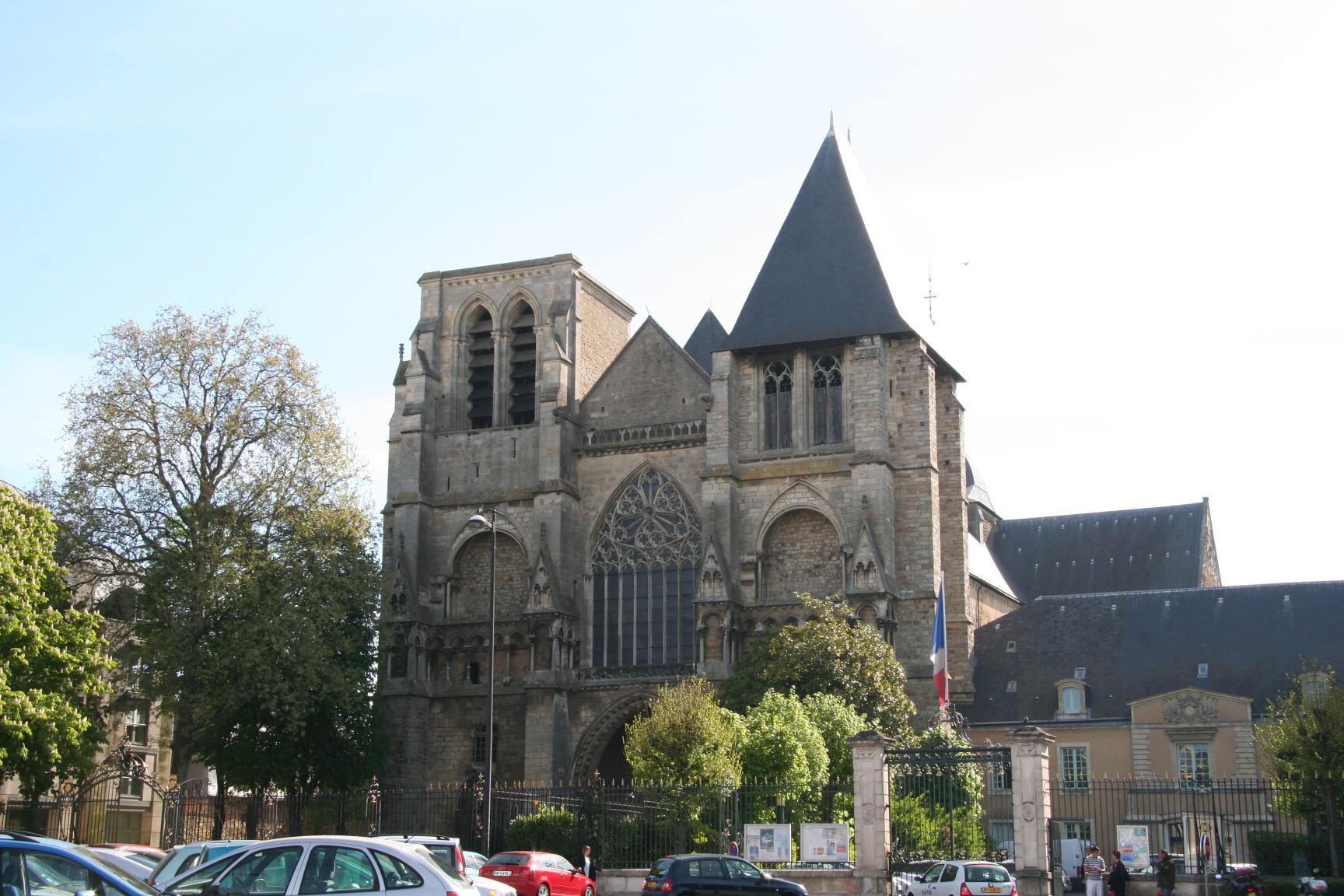 Le Mans - Eglise Notre Dame de la Couture 02