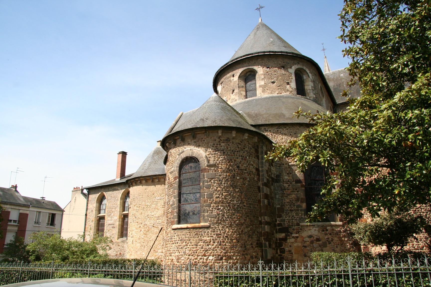Le Mans - Eglise Notre Dame du Pré 03