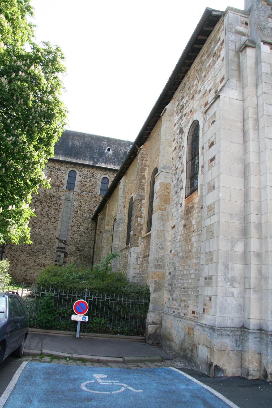 Le Mans - Eglise Notre Dame du Pré 10