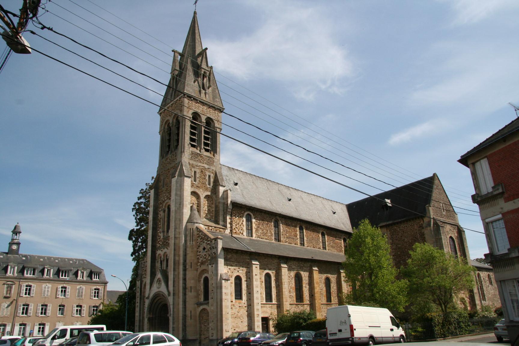 Le Mans - Eglise Notre Dame du Pré 12