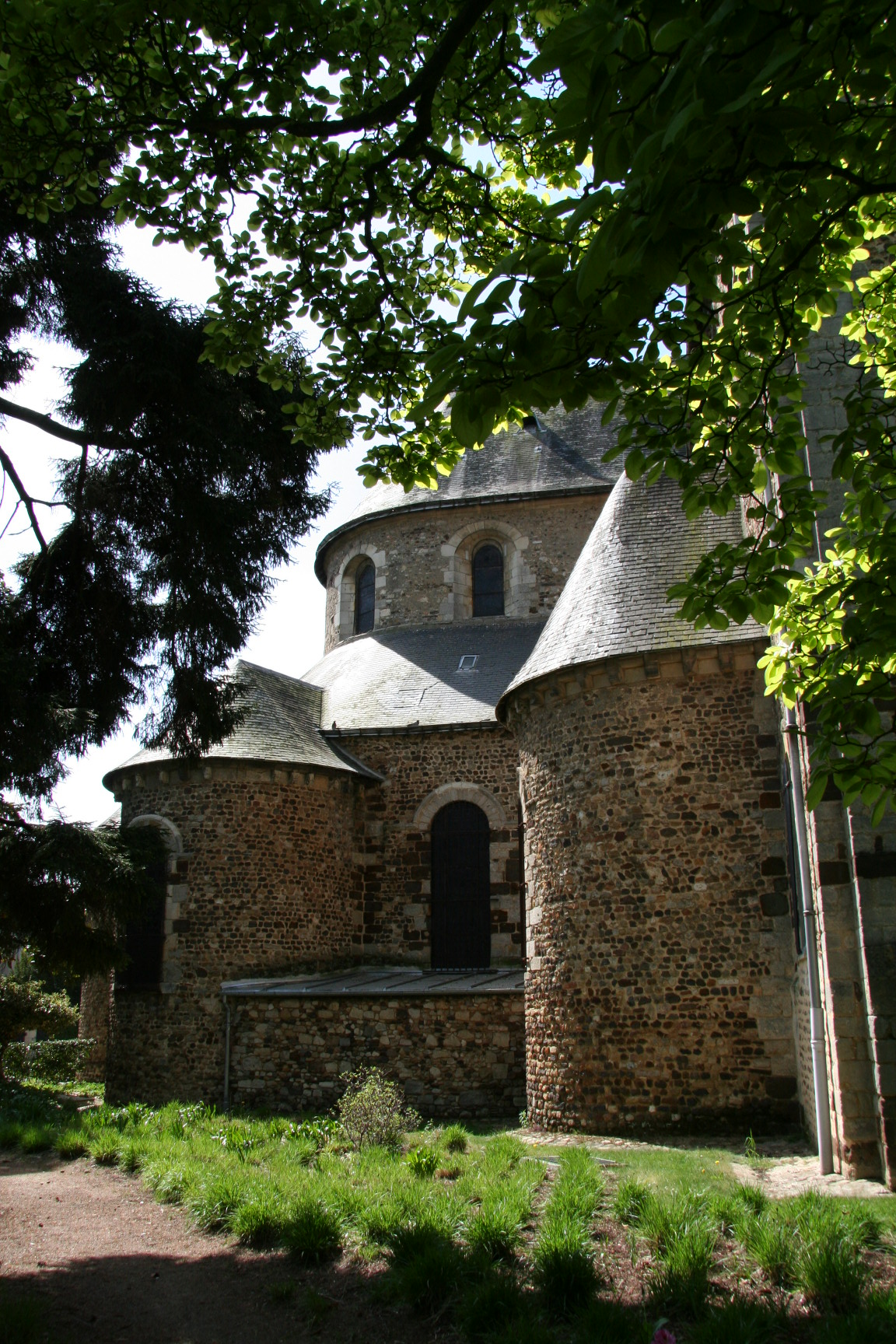 Le Mans - Eglise Notre Dame du Pré 14