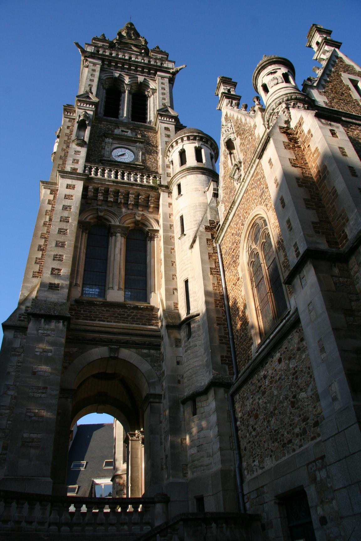 Le Mans - Eglise Saint Benoit 03