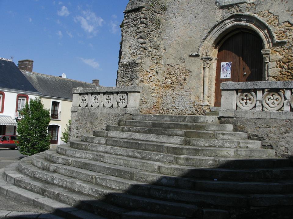 Saint Michel de Chavaignes en 2005 - Eglise Saint Michel 06 (Menu Christophe dit Tahiti)
