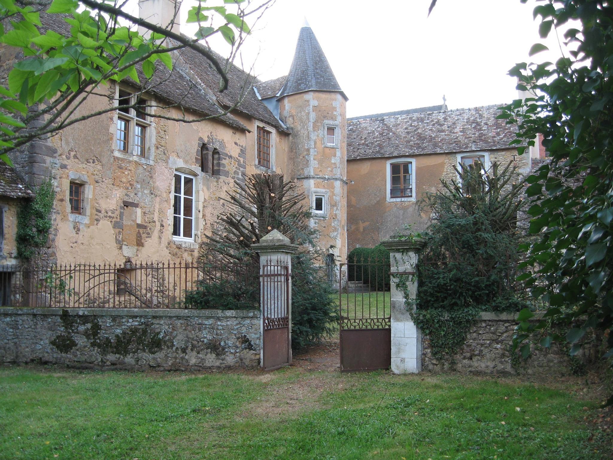 Souligné Flacé - Souligné sous Vallon jusqu'en 1935 - Presbytère - Maison du XVème siècle, remaniée au XVIIème siècle (Cécile Nève de Mévergnies)