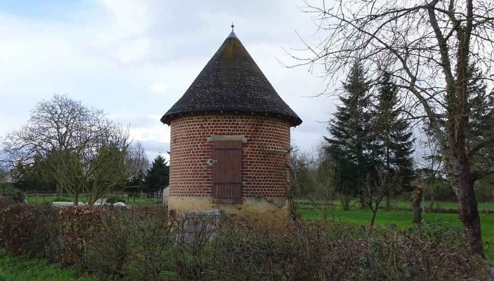Neuville sur Sarthe - Four à chanvre (Sylvie Leveau)