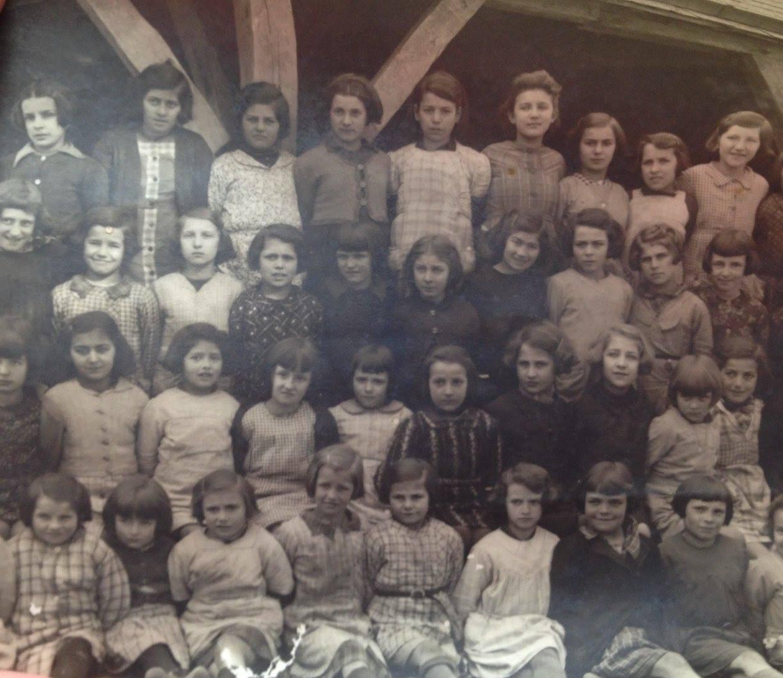 Saint Pierre du Lorouër - Groupes - Photos de classe - Vers 1940 (Virginie Laure)