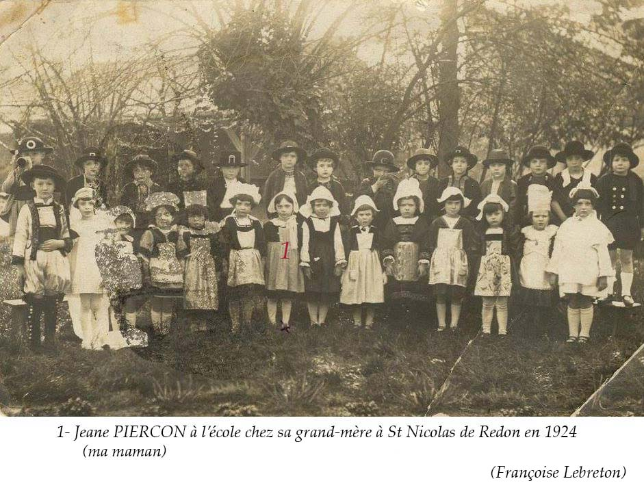 Zone 44 - Saint Nicolas de Redon - Groupes - Photos de classe - PIERCON Jane au 1er rang la 6ème à gauche - Ma maman - 1924 (Françoise Lebreton)