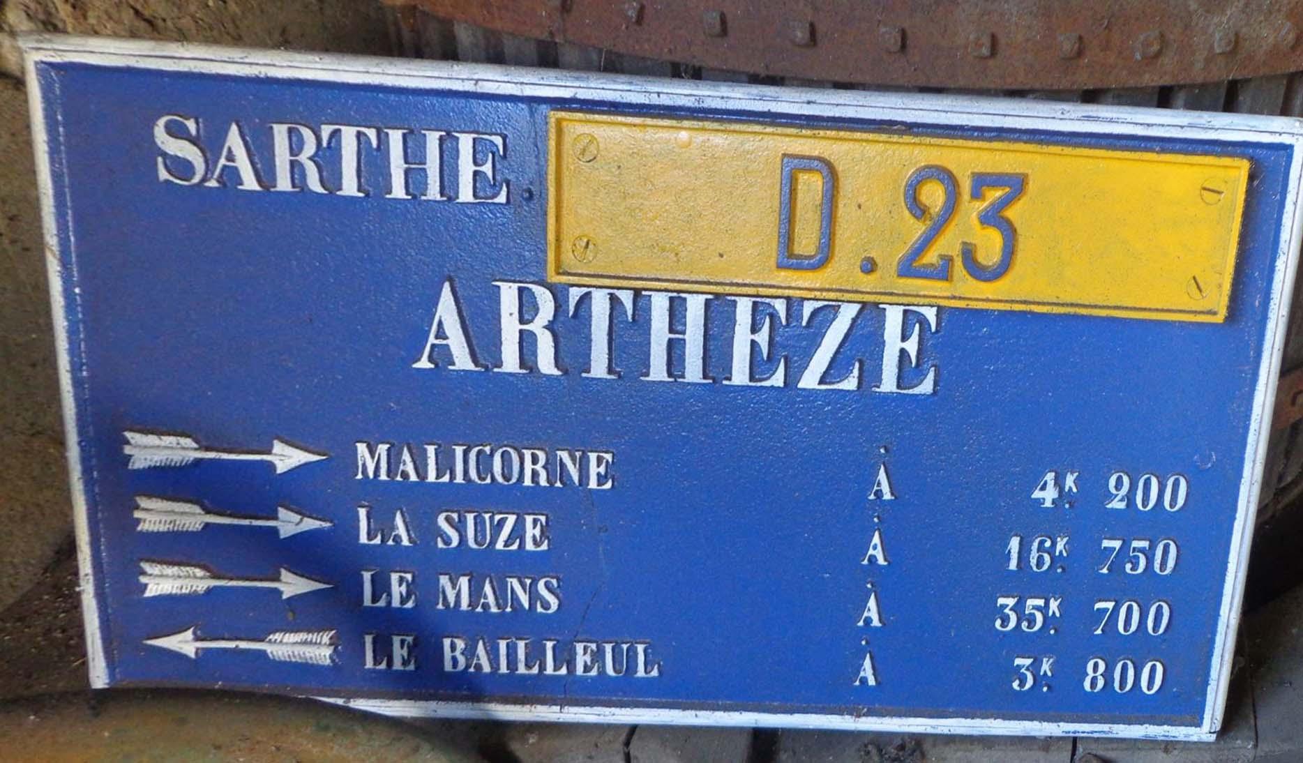 Arthezé, rue Notre Dame - Plaque de cocher - Malicorne - La Suze - Le Mans - Le Bailleul (Marie-Yvonne Mersanne)