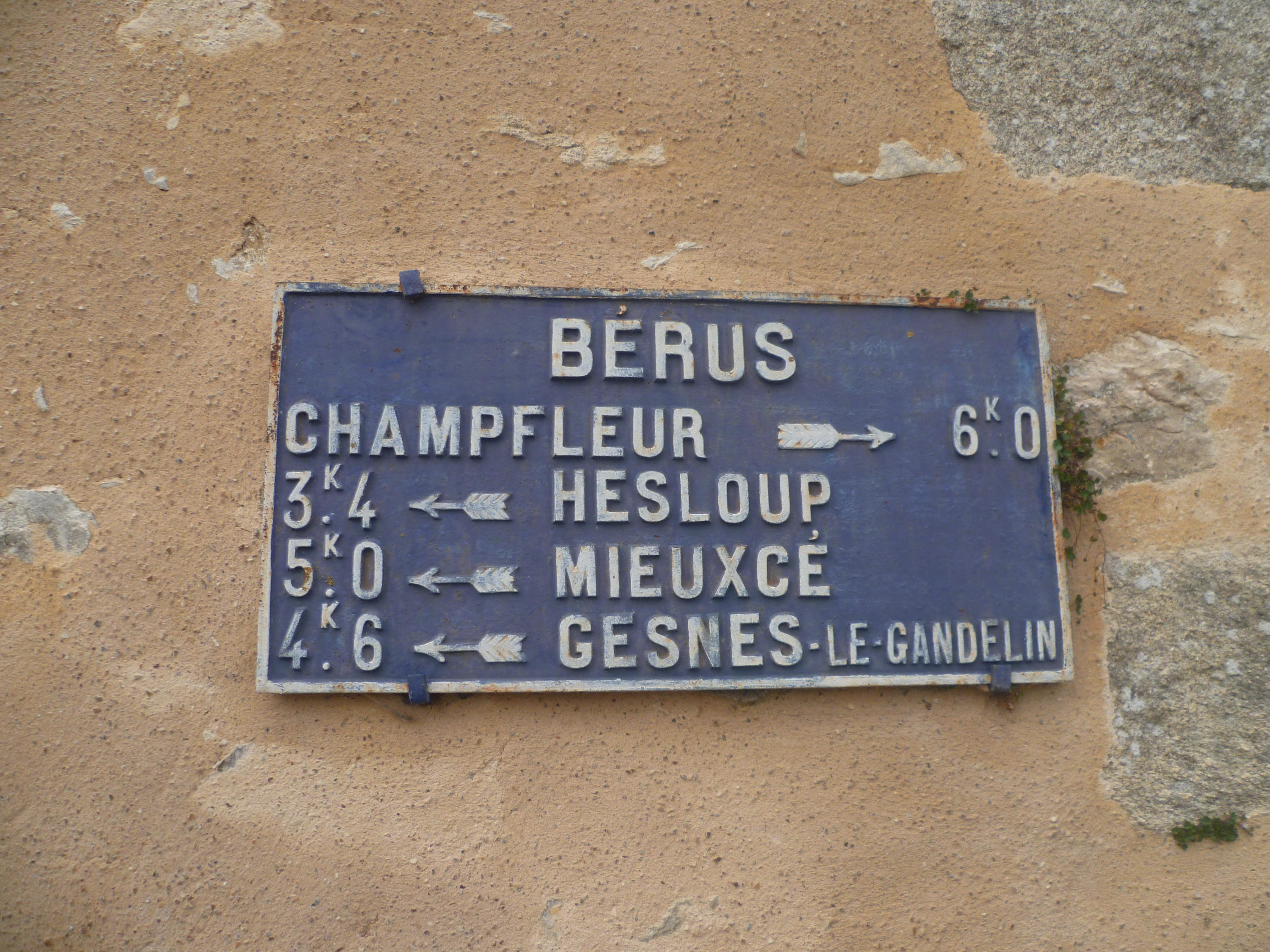 Bérus - Plaque de cocher - Champfleur - Hesloup - Mieuxcé - Gesnes le Gandelin (Gwéna Tireau)