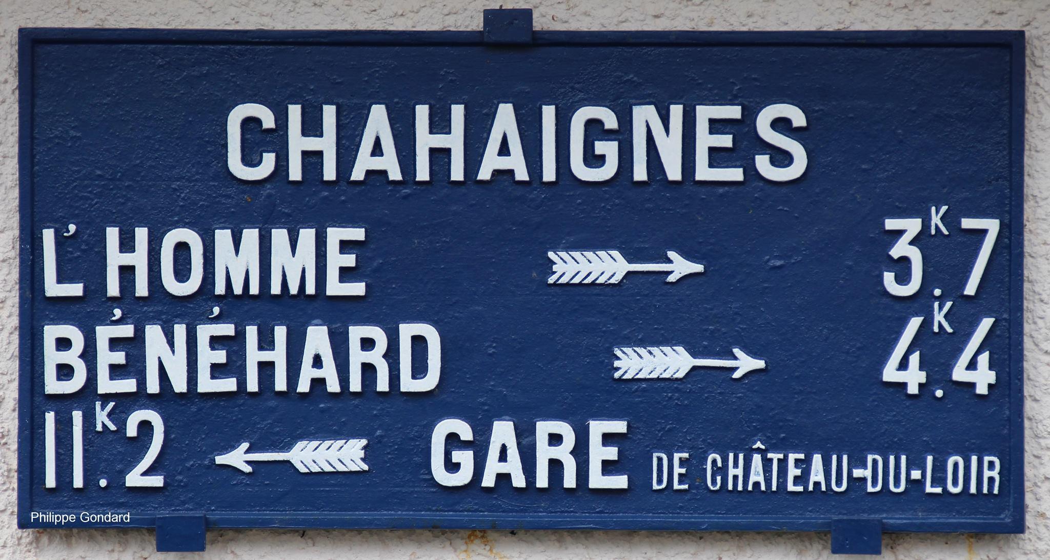 Chahaignes, lieu dit Le Haut Perray - Plaque de cocher - L'Homme - Bénéhard - Gare de Château du Loir (Philippe Gondard)