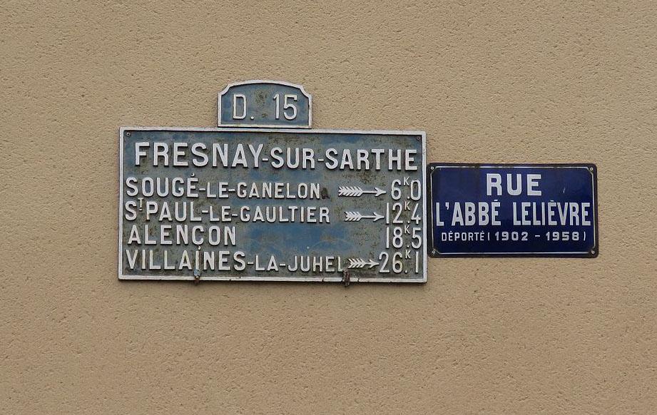 Fresnay sur Sarthe - Plaque de cocher - Sougé le Ganelon - Saint Paul le Gautier - Alençon - Villaines la Juhel (Source Internet, Yodaspirine)
