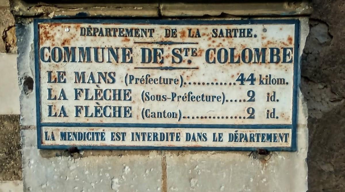 La Flèche, rue Sainte Colombe - Plaque de cocher - Le Mans - La Flèche (Véronique Foulon-Légère)