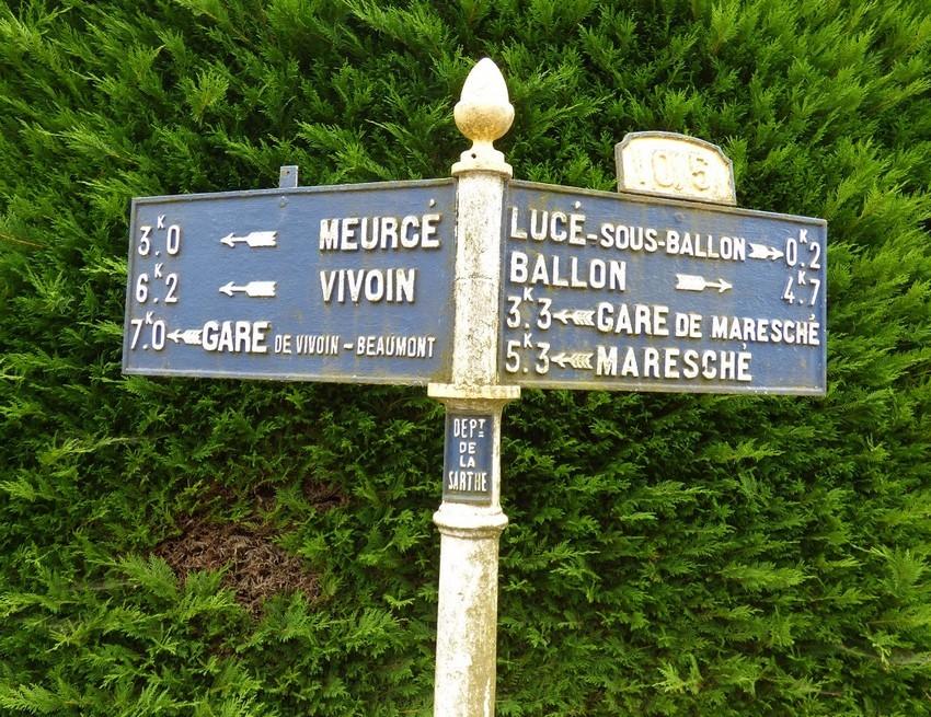 Lucé sous Ballon - Plaque de cocher - Meurcé - Vivoin - Gare de Vivoin Beaumont - Lucé sous Ballon - Ballon - Gare de Maresché - Maresché (Miguel Déchère)