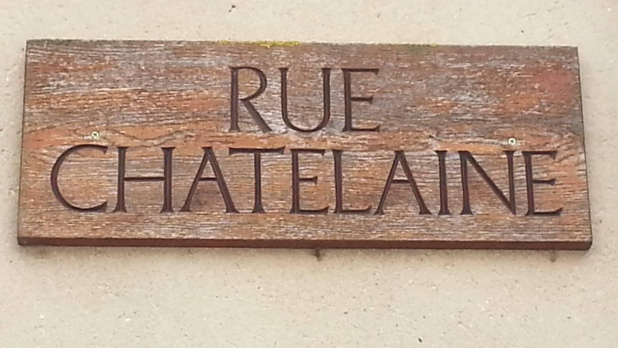 Mamers - Plaque de rue - Rue Chatelaine (Fabienne Germain)