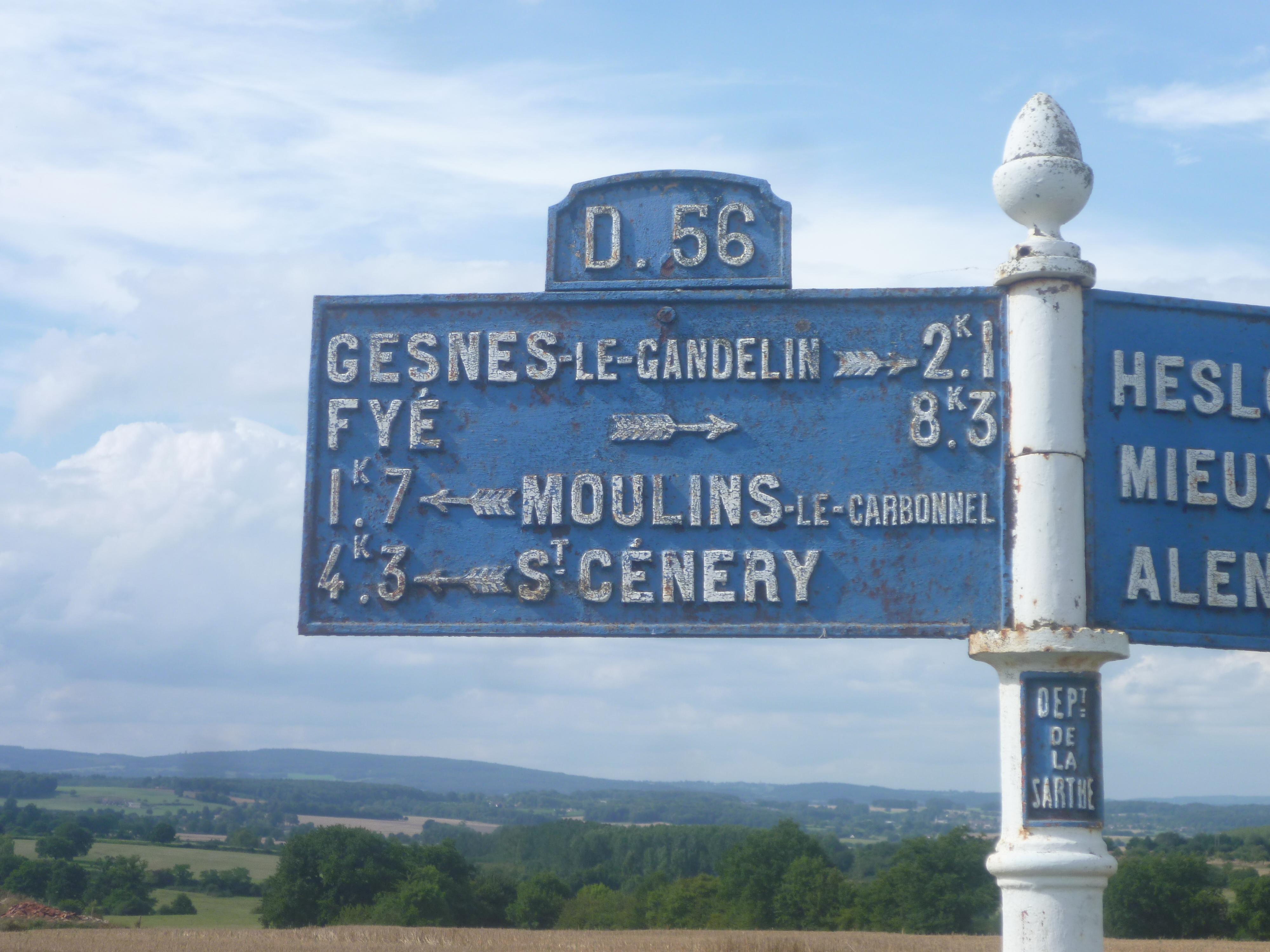 Moulins le Carbonnel, au croisement entre La Tonnelière et La Bigre - Plaque de cocher - Gesnes le Gandelin - Fyé - Moulins le Carbonnet - Saint Cénery (Gwéna Tireau)