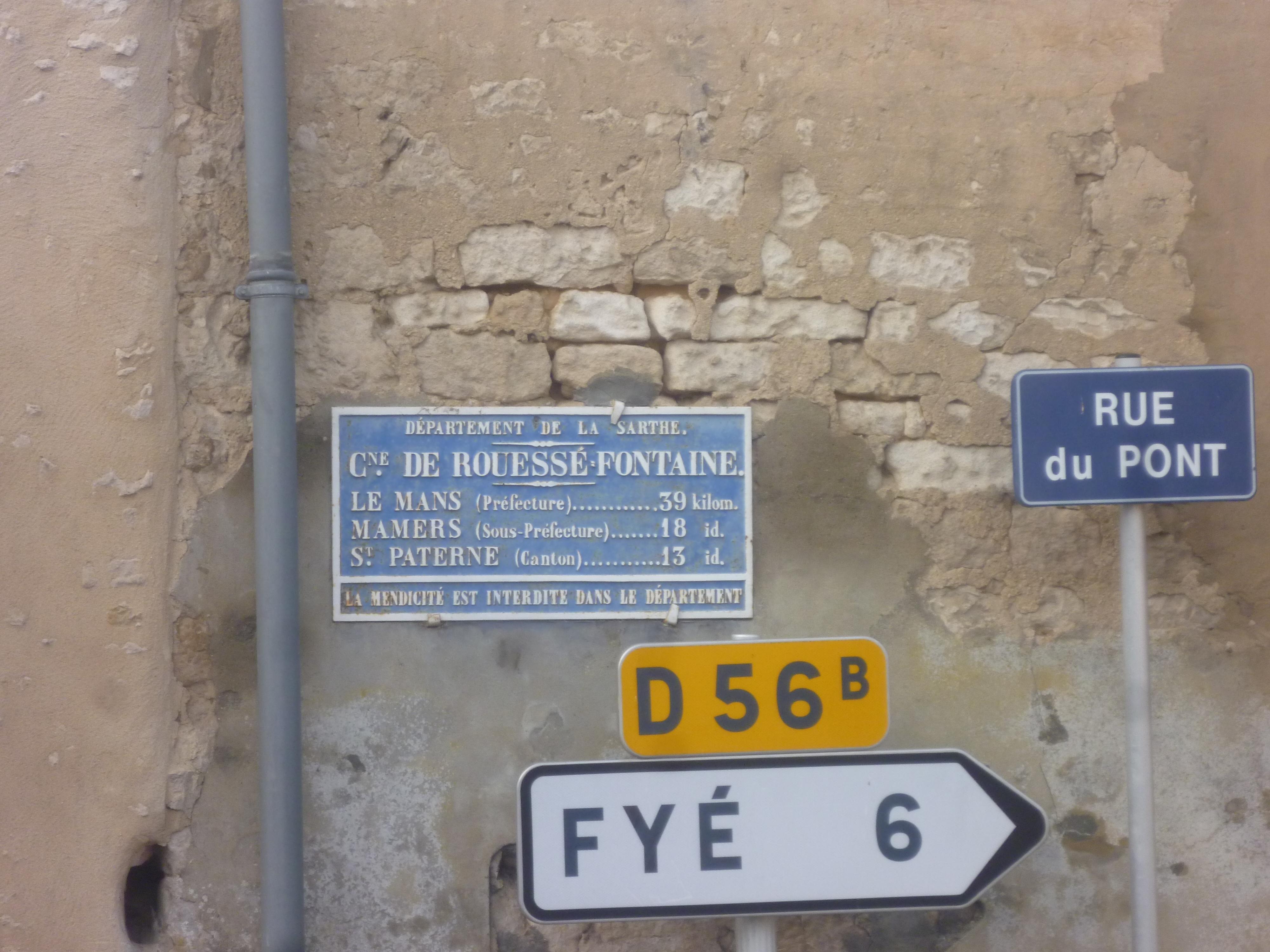 Rouessé Fontaine - Plaque de cocher - La Mans - Mamers - Saint Paterne (Gwéna Tireau)