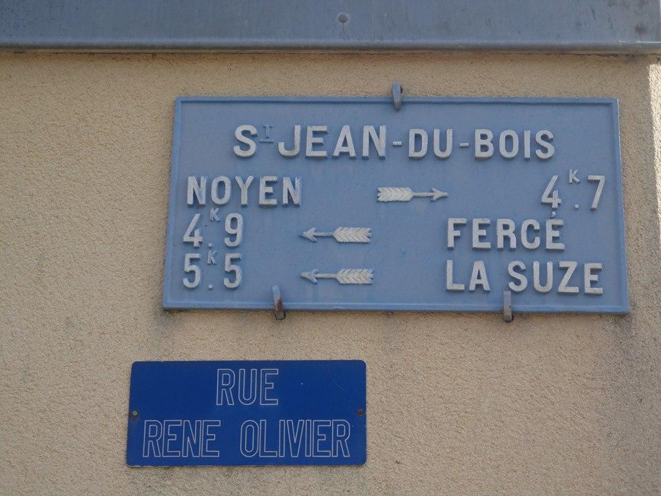 Saint Jean du Bois - Plaque de cocher - Noyen - Fercé - La Suze (Marie-Yvonne Mersanne)