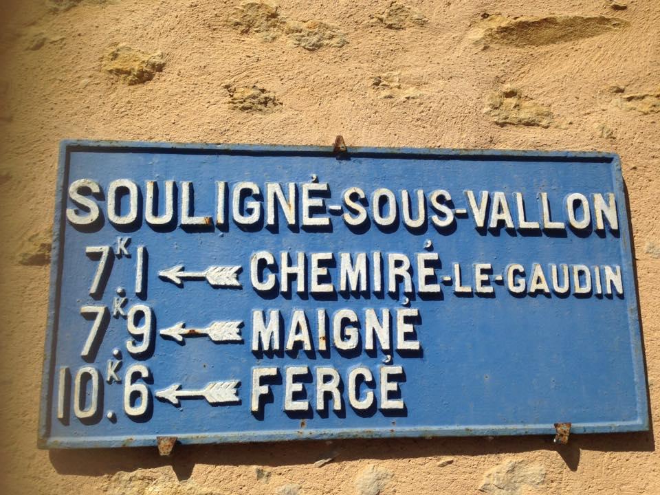 Souligné Flacé, route de Flacé - Souligné sous Vallon jusqu'en 1935 - Plaque de cocher - Chemiré le Gaudin - Maigné - Fercé (Carole Crenais)