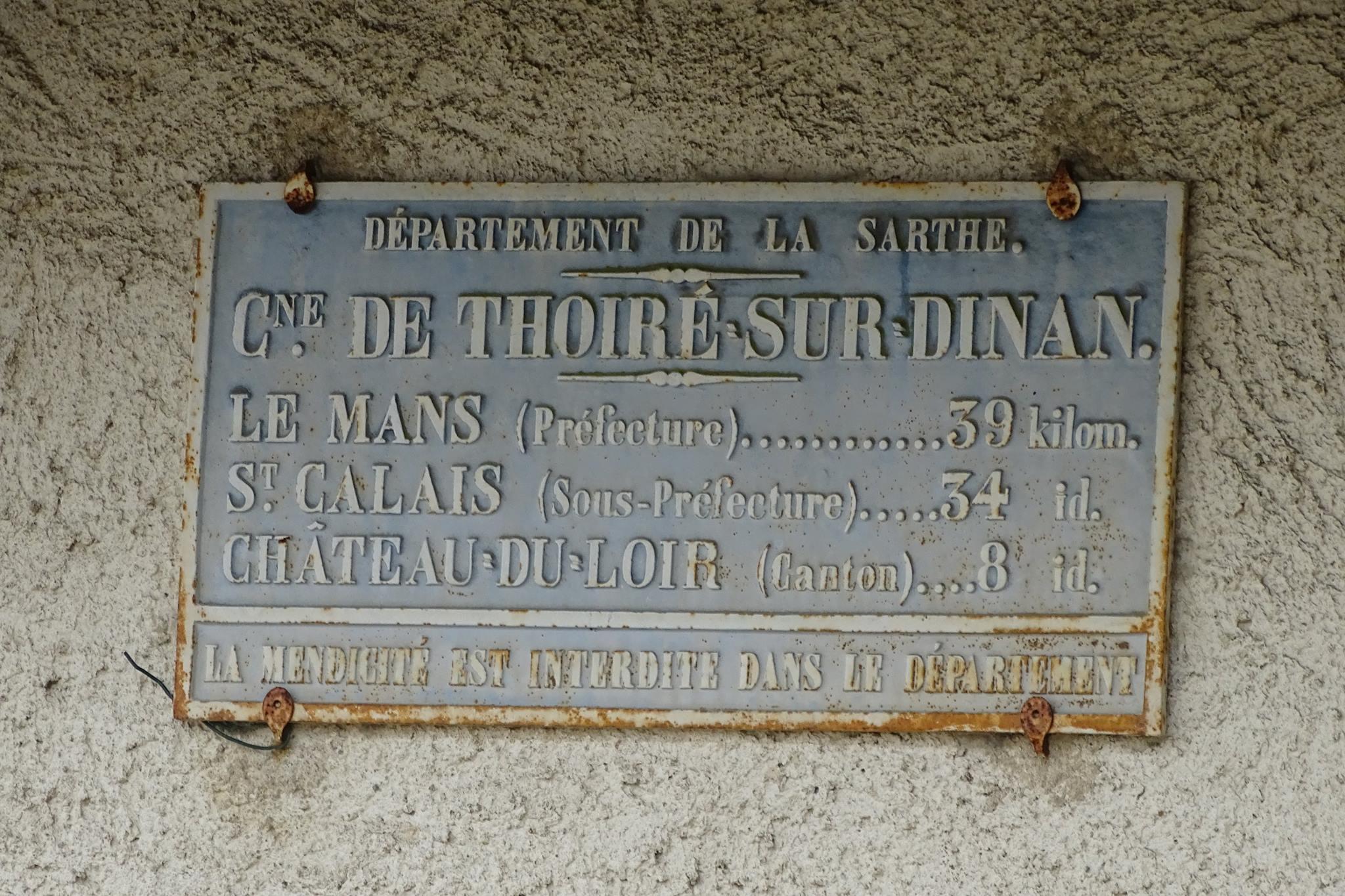 Thoiré sur Dinan - Plaque de cocher - Le Mans  - Saint Calais - Château du Loir (Marie-Yvonne Mersanne)