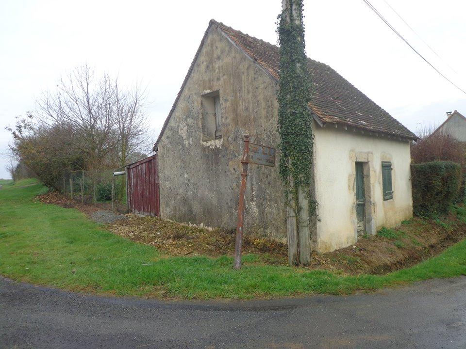 Vallon sur Gée, lieu dit L'Ormeau - Plaque de cocher - Vallon - Pirmil 01 (Marie-Yvonne Mersanne)