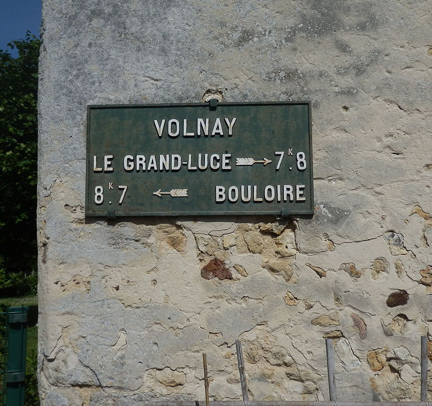 Volnay - Plaque de cocher - Le Grand Lucé - Bouloire (Source Internet, Yodaspirine)