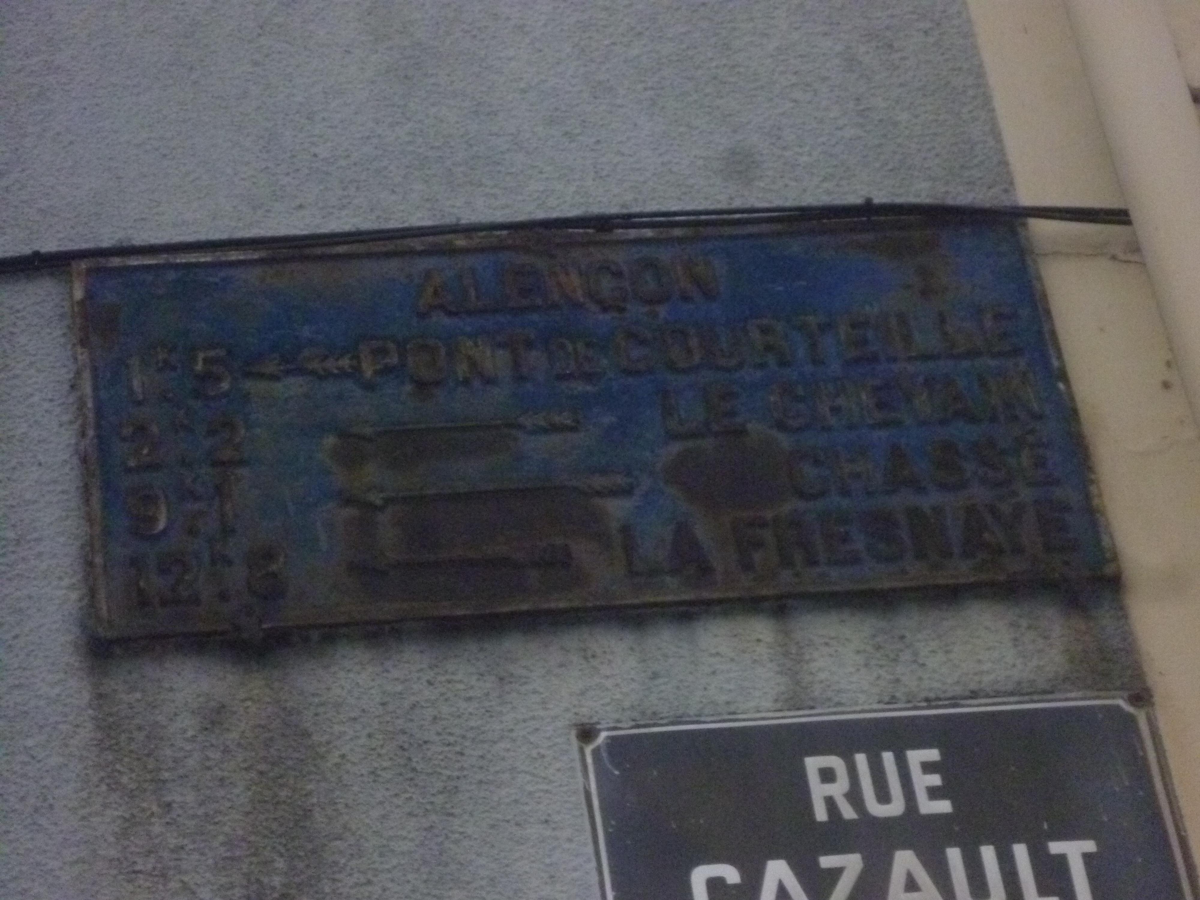 Zone 61 - Alençon, rue Cazault - Plaque de cocher - Pont de Courteille - Le Chevain - Chassé - La Fresnaye (Gwéna Tireau)
