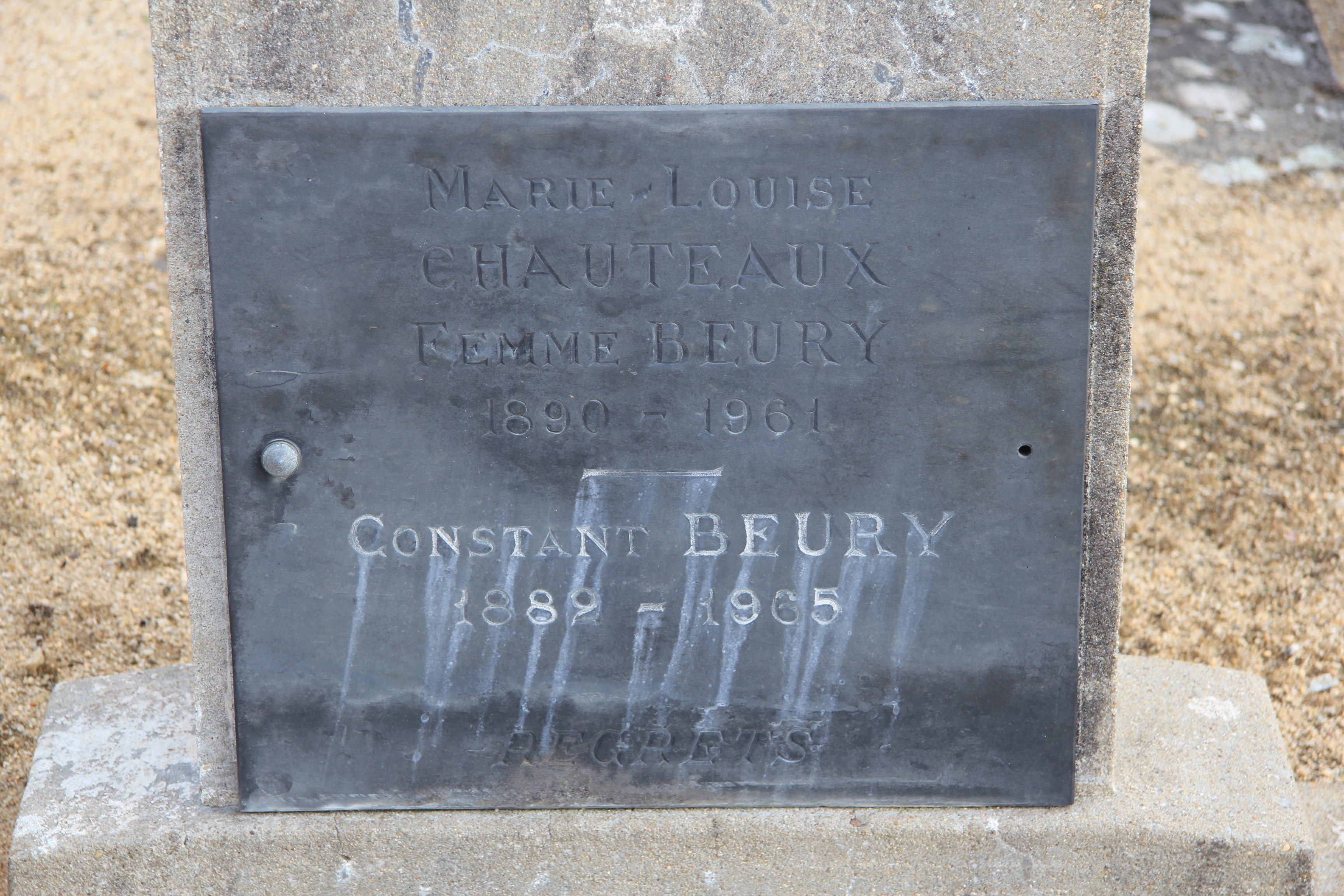 Auvers sous Montfaucon - Cimetière - BEURY Constant et CHAUTEAUX Marie-Louise 02 (Sylvie Leveau)