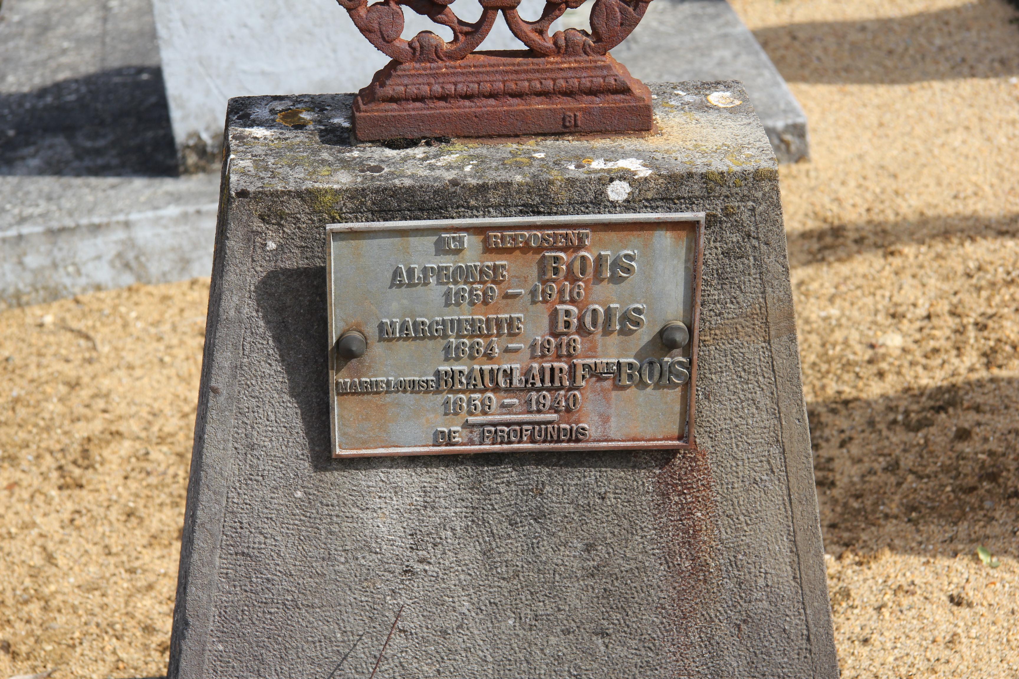 Auvers sous Montfaucon - Cimetière - BOIS Alphonse et BEAUCLAIR Marie-Louise - BOIS Marguerite 02 (Sylvie Leveau)