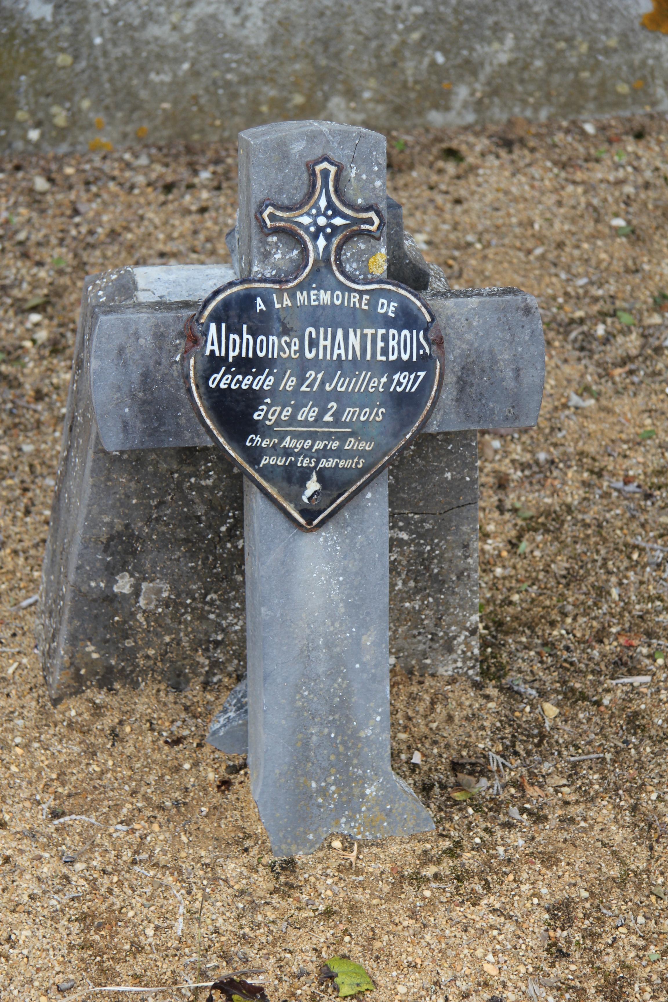 Auvers sous Montfaucon - Cimetière - CHANTEBOIS Alphonse (Sylvie Leveau)