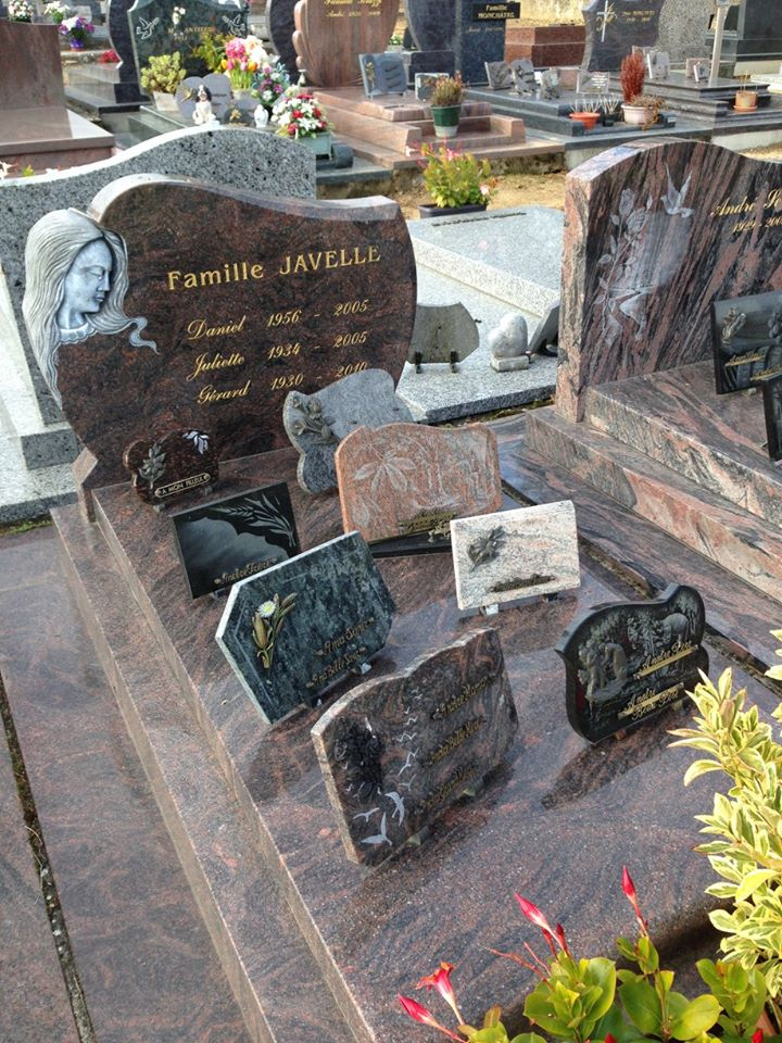 Chahaignes - Cimetière - Famille JAVELLE Gérard et Juliette - JAVELLE Daniel (Virginie Laure)